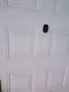 ドアスコープ使用後外側