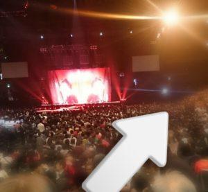 マドンナのコンサートに叶姉妹